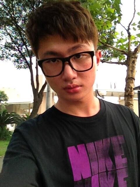冠军:范潇